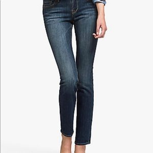 Lucky Brand sweet and straight ankle jeans 8/29